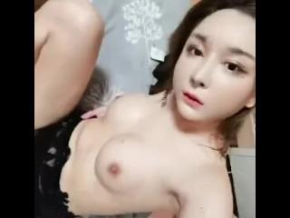 思瑶,大屌美妖调教绿帽奴草他老婆3P~