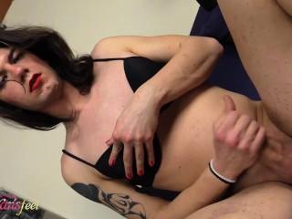 stunning barefoot t-girl Chanel masturbating while vaping