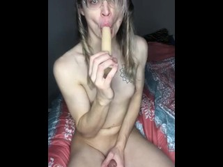 Trans broad plays with her chick schlong