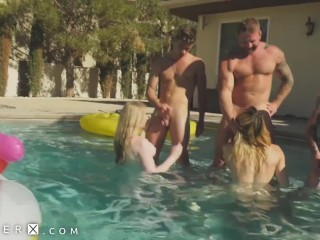 dong Flopping Transgender Orgy In Pool - GenderX