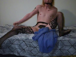 Bored CD Trans Quarantine lady Plays with Himself